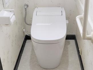 トイレリフォーム 快適な使い勝手の2階トイレ